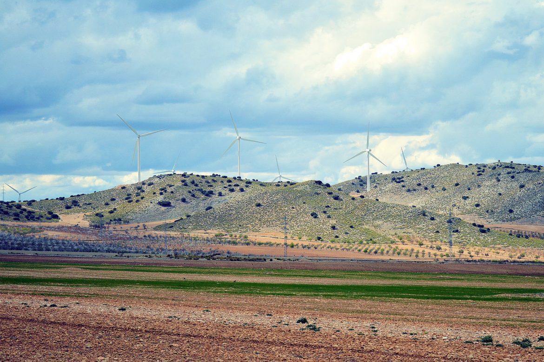 windmills-1342039_1920.jpg