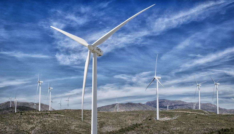 park-wind-farm-3704939_1920.jpg